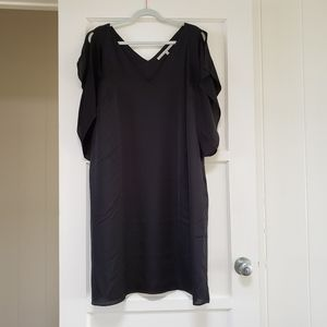 Rachel Roy black v-neck dress 1x